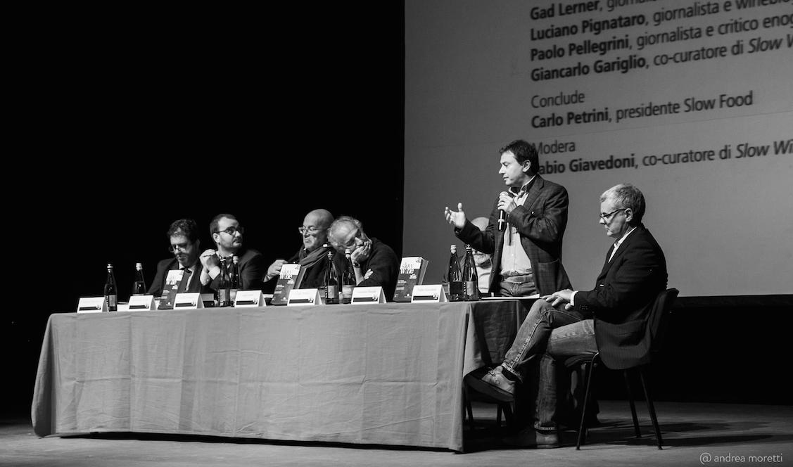 Luciano Pignataro, Giancarlo Gariglio, Paolo Pellegrini, Gad Lerner, Carlin Petrini e Fabio Giavedoni - Teatro Verdi - Photo by @andreamoretti